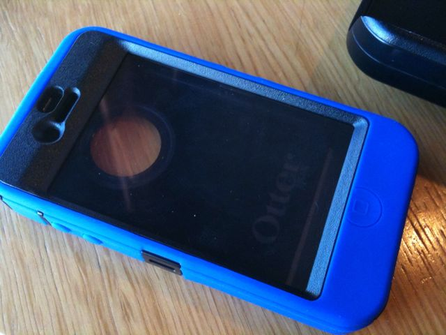 Otterbox Defender Case for the iPhone4 Review